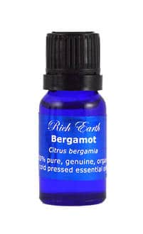 Bergamot_essential_oil_orga