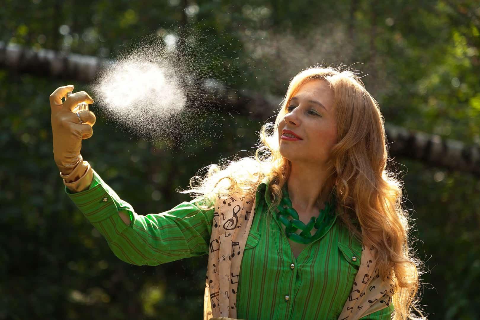 Personal spray