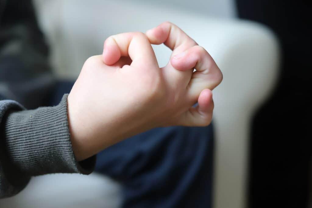 hyperflexible fingers